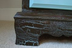 Create a Crackled Paint Faux Finish with Plain School Glue - DIY Life