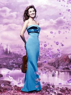 Anne-Sophie Mutter's thoughts on the Mendelssohn Violin Concerto she recorded---innocently beautiful. Exactly.