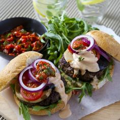 Beef burgers with roast pepper/capsicum basil salsa and smoky sauce- Nadia Lim Best Beef Burger Recipe, Burger Recipes, Beef Recipes, Chicken Recipes, Cooking Recipes, Healthy Recipes, Savoury Recipes, Skinny Recipes, Yummy Recipes
