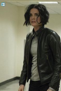 "Blindspot 1x22 ""If Love A Rebel, Death Will Render"" - Jane Doe #blindspot #janedoe #jaimiealexander"