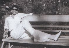The rare pic of Freddie Mercury During his school days in Panchgani - India