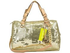 Welcome to our fashion Michael Kors outlet online store, we provide the latest styles Michael Kors handhags and fashion design Michael Kors purses for you. High quality Michael Kors handbags will make you amazed. Michael Kors Outlet, Cheap Michael Kors, Michael Kors Satchel, Handbags Michael Kors, Luxury Bags, Luxury Handbags, Winter Fashion Outfits, Fashion Bags, Casual Outfits