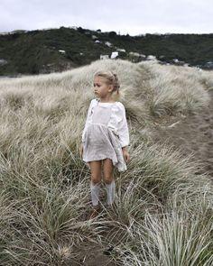 Märta Apron Dress / YOLI AND OTIS WWW.YOLIANDOTIS.COM via @deuxpardeuxKIDS
