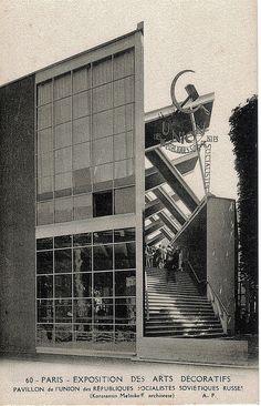 The Soviet pavilion at the 1925 Paris Exposition | Flickr: Intercambio de fotos