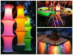 ideias simples para festa neon 15 anos Glow Party, Disco Party, 12th Birthday, Boy Birthday, Birthday Parties, Sweet 16 Masquerade, Masquerade Party, Prom Decor, Bat Mitzvah