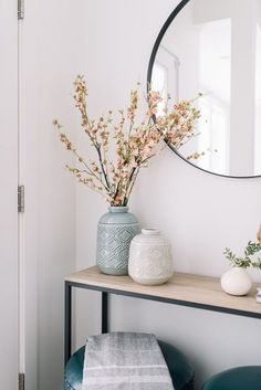 50 Simple DIY Apartment Decoration On A Budget Whether this is your very first a. - 50 Simple DIY Apartment Decoration On A Budget Whether this is your very first apartment or you& - Interior Design Tips, Home Design, Interior Decorating, Decorating Ideas, Decorating Websites, Design Ideas, Decorating With Vases, Interior Design Inspiration, Interior Design Simple