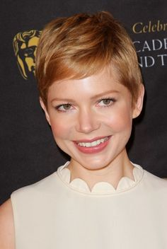 Short Hairstyles from Celebrities 2012 - 2013-6