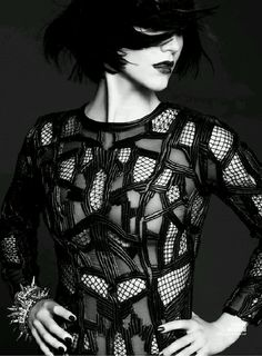 - Katharine McPhee - magazine Issue - 1 of 5 Hollywood Magazine, Goth Chic, Katharine Mcphee, Christina Hendricks, Black And White Pictures, Fashion History, Style Me, Personal Style, Fashion Photography
