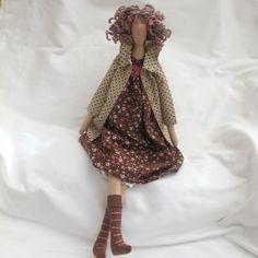Tilda Doll - Beige spot coat £27.00