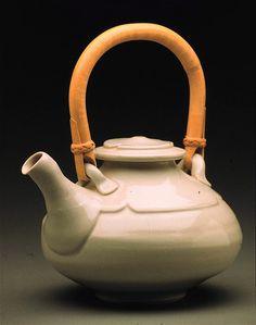 clary illian  classic teapot
