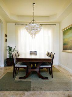 Transitional Living Rooms from Lisa Aharam : Designers' Portfolio 1882 : Home & Garden Television#//room-living-rooms/style-transitional#//room-living-rooms/style-transitional#/id-6832/room-living-rooms/style-contemporary