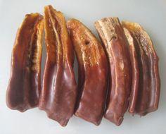 Délicieuses bananes séchées au chocolat. Préparer vos bananes séchés au déshydrateur puis enrober les de chocolat pour un délicieux dessert.