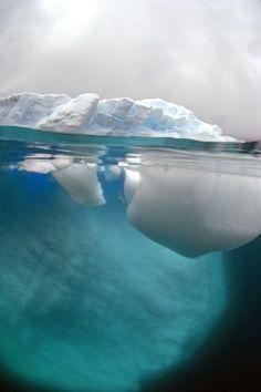 Iceberg of Antarctica by Danial Botelho, 2012.