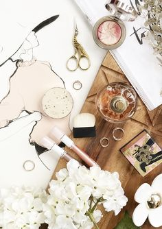 Nature Beauty Products Flatlay Ideas For 2019 Flat Lay Photography, Makeup Photography, Product Photography, Cosmetic Photography, Photography Tips, Makeup And Beauty Blog, Diy Beauty, Beauty Ideas, Tom Ford