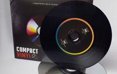 #CompactVinyl par #MPO : moité CD, moitié vinyle 😌😋😍  Pour l'instant, seul l'album promo du dernier Justice a été réalisé dans ce format !  #CD #Vinyle #Audio #HiFi #Musique