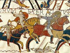 Battle of Hastings - pictoral account recorded on the famous Bayeux Tapestry - Norman horses in war Bayeux Tapestry, Medieval Tapestry, Medieval Art, Medieval Times, Bbc History, European History, British History, Vikings, Norman Knight