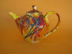 Colleen Lehmkuhl - Wild Teapot. Thrown by Nic Sithole.