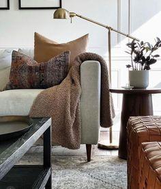 Home Design Diy, House Design, Interior Design, Living Room Inspiration, Apartment Living, Home Remodeling, Home Furniture, Family Room, Living Spaces