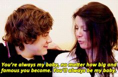 22 Times Harry Styles Showed us the Importance of Family - CelebMix