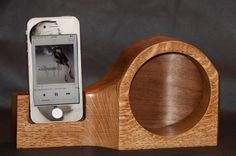 Oak Acoustic Speaker for iphone 4 5 and 6 by WoodcraftByBenjamin $45.00 USD