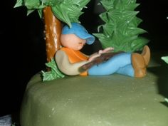 And The Elk That Has Found His Birthday Cake cakepins.com