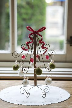 I might make this bigger with more branches. Decoration Table, Xmas Decorations, Christmas Minis, Christmas Holidays, Xmas Tree, Christmas Tree Ornaments, Wire Crafts, Diy And Crafts, Alternative Christmas Tree