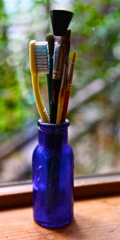 There are so many interesting reuses for a toothbrush, you might want to reconsider throwing it out.
