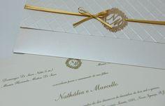 Convite clássico criado por Papel a La Carte. Fotos: Danielle Medeiros