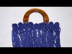 YouTube Macrame Bag, Macrame Knots, Embroidery Bags, Macrame Tutorial, Macrame Patterns, Handmade Bags, Diy Furniture, Crochet Earrings, Flowers