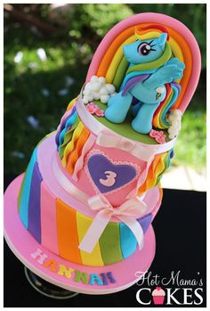 Rainbow Dash! My Little Pony Cake. Pretty two tiered Birthday Cake. For another image of this cake http://www.pinterest.com/pin/374784000214081893/