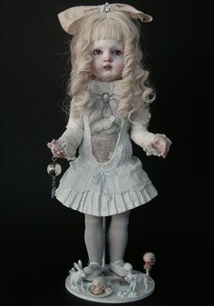OZZ DOLLS FACTORY: Julien Martinez the artist who made snow white