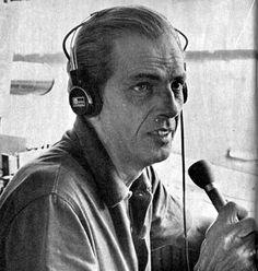 João Saldanha, em toda a sua vida, não foi apenas o jornalista esportivo com atuação em rádio, jornal e televisão. Como diretor de futebol e técnico campeão do Botafogo em 1957, foi o maior responsável pela montagem do time que vive até hoje na memória de cariocas e brasileiros, do qual faziam parte Nilton Santos, Didi, Mané Garrincha e Quarentinha. Uma equipe que foi a base do bicampeonato mundial conquistado pelo Brasil em 1958 e 1962. .#jorgenca