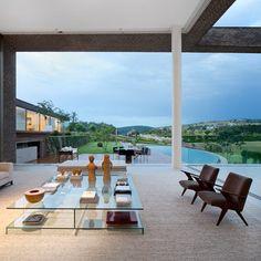 Casa HS Quinta Da Baroneza by Studio Arthur Casas. Looks amazing...