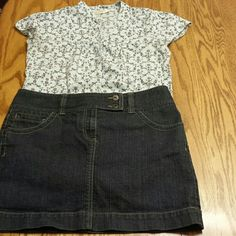 Jean skirt Like new Ann Taylor jean skirt. Love it, but it just doesn't fit anymore. Ann Taylor Skirts