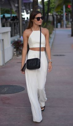 Miami Vice - Get this look: https://www.lookmazing.com/images/view/22048?e=1&shrid=329_pin