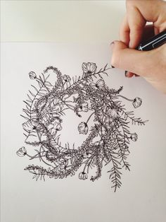 Jenna Rainey // Mon Voir Ferns, foxglove and poppies - wreath in progress