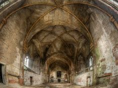 Verlaten plaats - oude kerk #lostplace #church #abandonedplace #urbex #photography