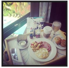 Breakfast with a view! Can you say a perfect way to start your morning?  http://www.sheratonmissionvalley.com/