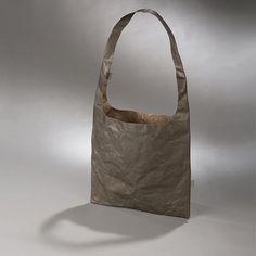 HENDEE Forever bag #simplelifestyle #sustainableliving #sustainablelifestyle #urbanchic #citylife #tyvekpaper #tyvekbag #tyvek #bag #shoulderbag #kaaita