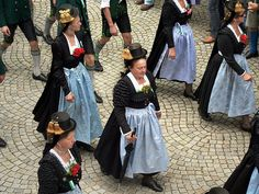 Impressions of a pageant of traditional costumes in Bad Reichenhall - seen from my window! (24) | Flickr - Photo Sharing!