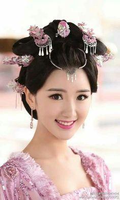 Most Beautiful Faces, Beautiful Asian Girls, Princess Weiyoung, Ancient Beauty, China Girl, Oriental Fashion, Chinese Actress, Hanfu, Traditional Dresses
