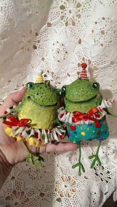 Купить Жабунята цирковые - зеленый, лягушка, жаба, игрушки ручной работы, елочные игрушки