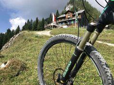 Mtb, Hall In Tirol, Sport, Ski Resorts, Summer Vacations, Bicycling, Deporte, Sports, Mountain Biking