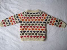 "Heart jumper ""Sigrid"" designed by Rannvá Dávadóttir - pattern for size in danish Knitting For Kids, Crochet For Kids, Baby Knitting, Knit Crochet, Cool Sweaters, Baby Sweaters, Baby Barn, Baby Pullover, Heart Sweater"