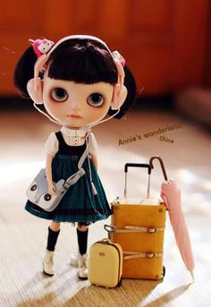 just because I love #blythe dolls . traveler