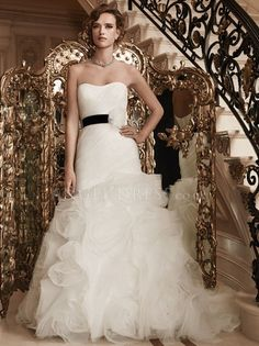 Tulle Scoop Fit N Flare Floor Length Wedding Dresses With Flowers