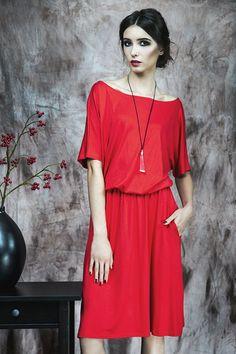 Uniwersalna sukienka z kieszeniami (proj. Kasia Miciak), do kupienia w DecoBazaar.com