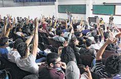 LA VOZ DE SAN JOAQUIN: Ignoran propuesta de la mayoría de los estudiantes...