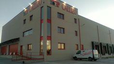 Transportes Callizo, delegación Teruel.estores en screen juagando con grados de apertura, en función de la incidencia solar en cada una de las oficinas.
