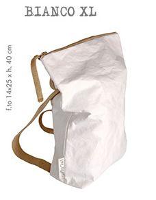 Essent-ial - Sizes-XL Blanco. Bolso-Mochila preciosa,practica y lavable en @2150idees